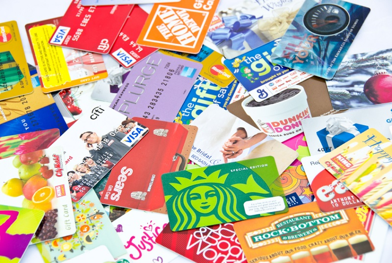 Still Carrying Holiday Gift Cards? Here's How to Sell Your Gift ...