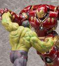 Kotobukiya Marvel's Avengers: Age of Ultron Figure Hulk vs. Hulkbuster Iron Man