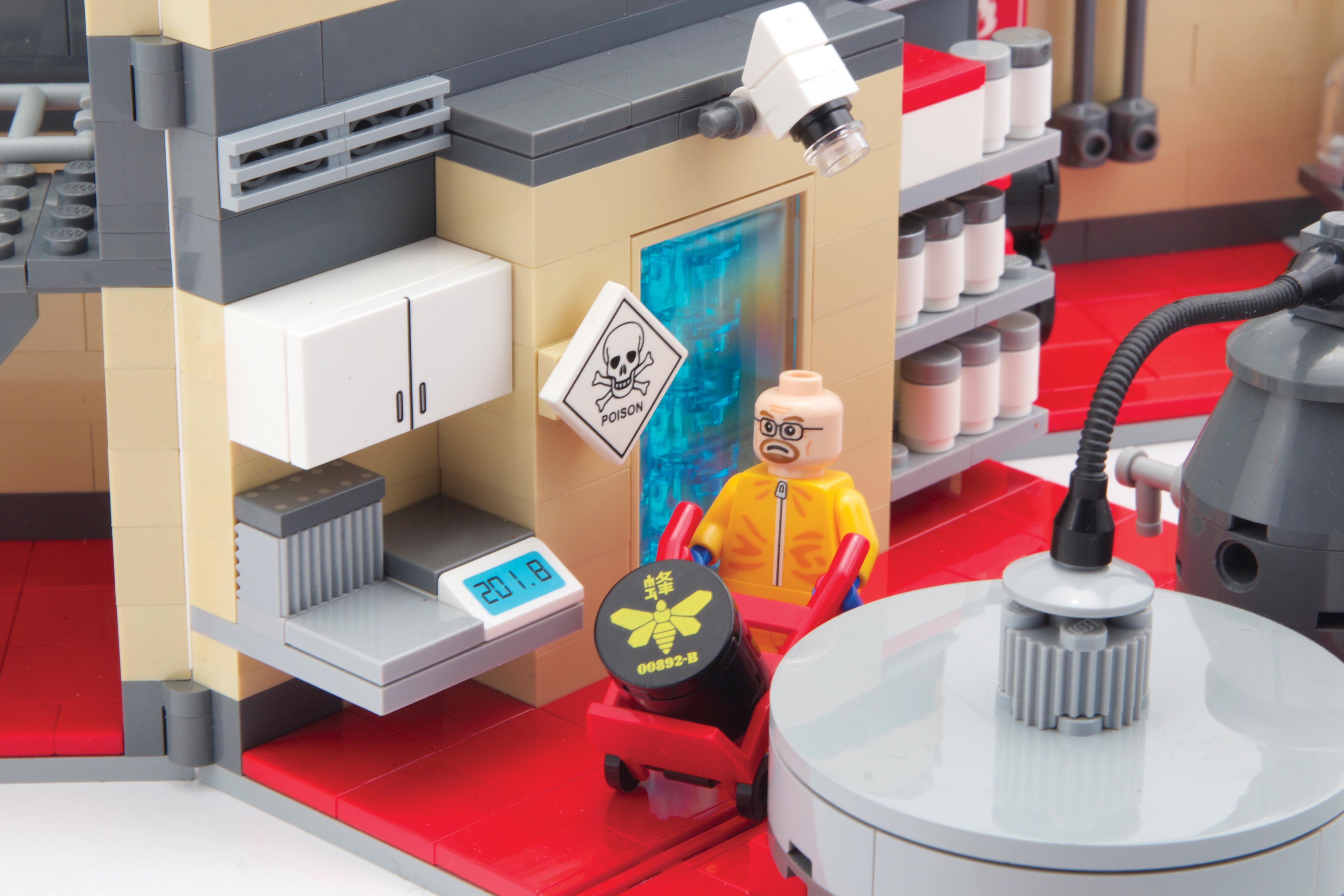 Shut Up and Take My Money: Breaking Bad LEGO Superlab