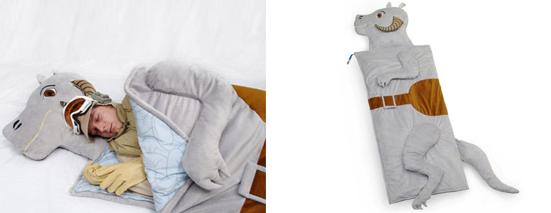 star-wars-tauntaun-sleeping-bag