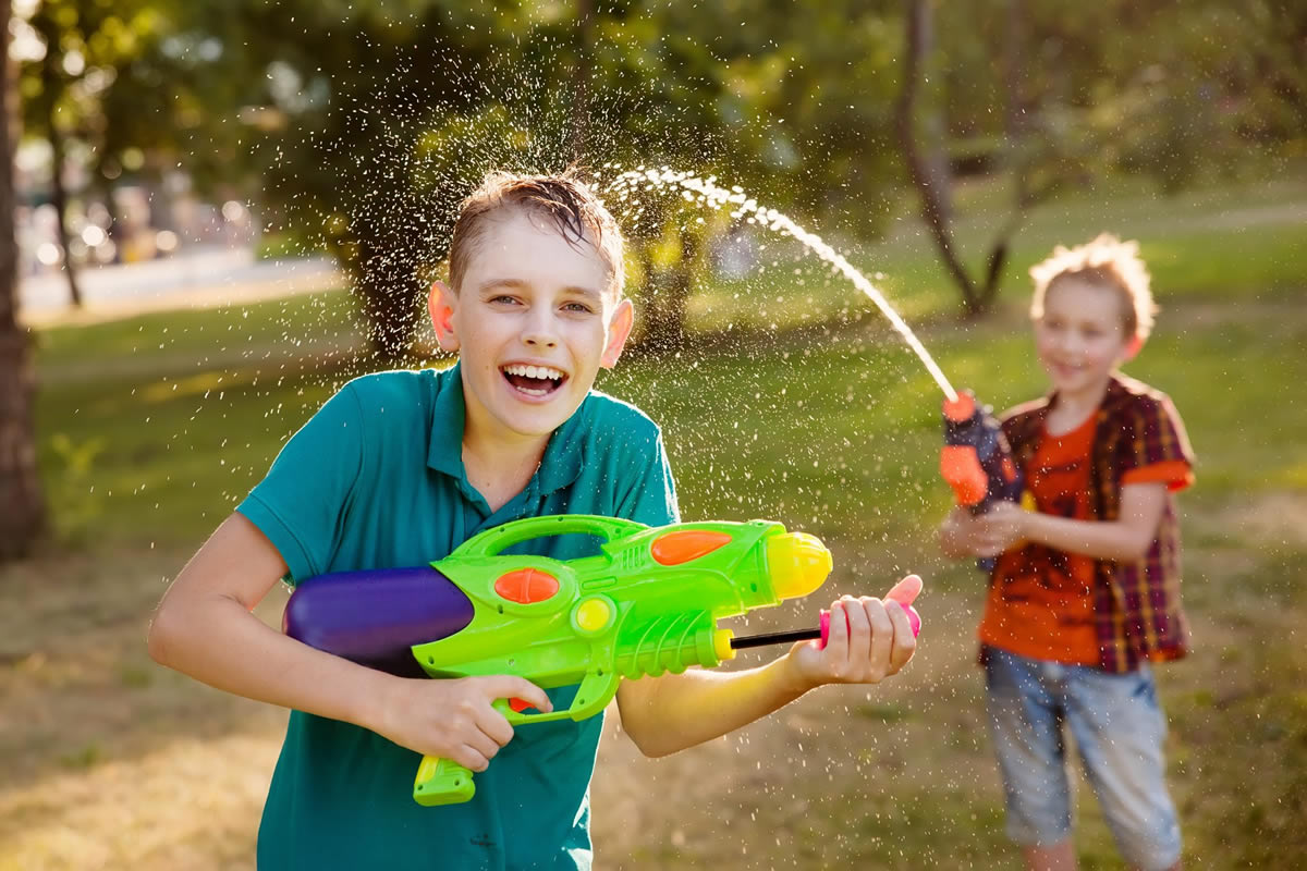 10 Super Soakers Amp Water Toys To Beat The Summer Heat